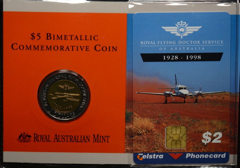 1998 royal flying doctor service bimetal 5 coin with 2 telstra phonecard